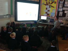 Dog Warden speaks to KS1 & Foundation Stage